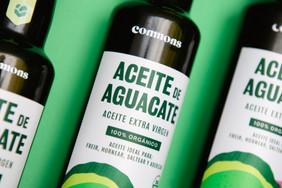 Aceite de aguacate organico commons