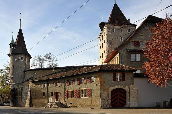 1280px-Schloss_Nidau_02_11.jpg
