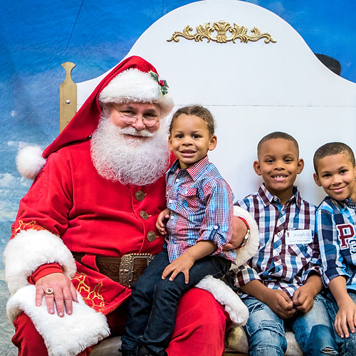 Polytainer Santa Pictures