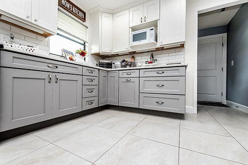 Colon kitchen cabinets.jpg