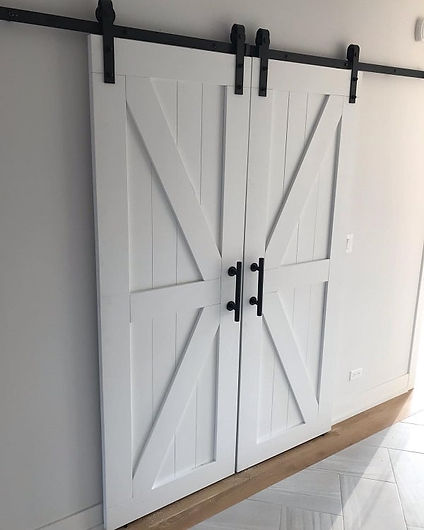 custom-made-white-barn-door.jpg