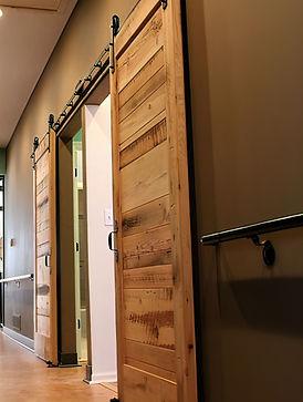 Barn-Doors-2-Sebring-Design-Build-gigapixel-verycompressed-scale-4_00x.jpg