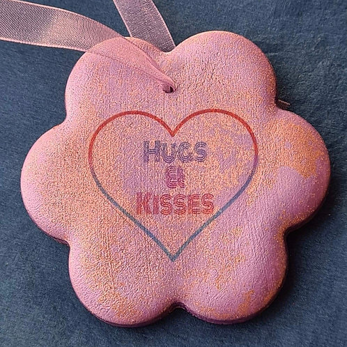 HUGS AND KISSES FLOWER