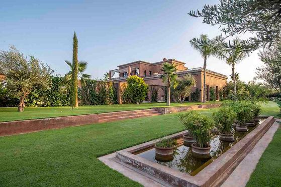 Villa de luxe à vendre avec piscine et V