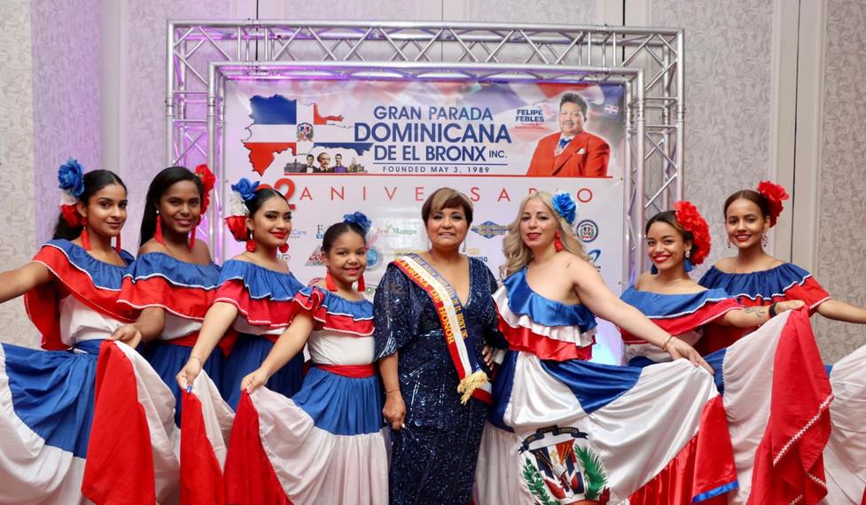 Comisionada Lourdes Batista-Jakab, Madrina de Honor de la Gran Parada Dominicana del Bronx.