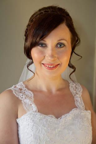 Sarah before wedding (18 of 137).jpg