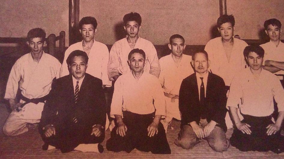 創設期の塩田剛三先生と寺田精之先生