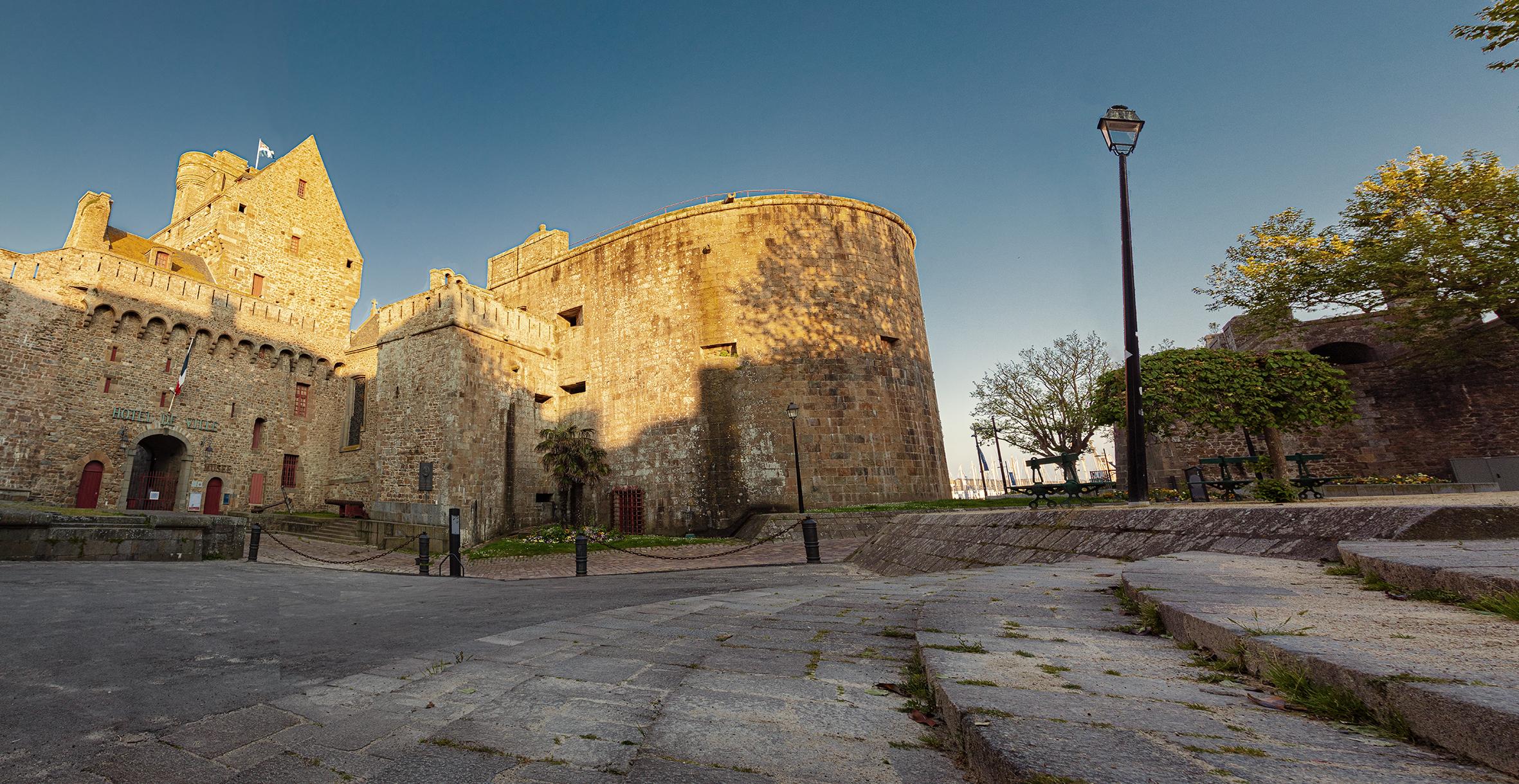 Marches du château