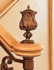 наверща,крутое ограждение лестницы, художественное литье, красивые перила