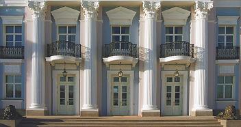 шикарные балконы кованные