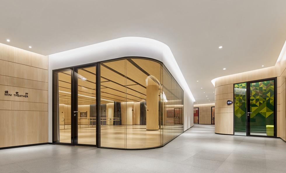main corridor.jpg