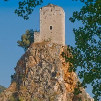 Torre Medievale Di Monticchio - Sermoneta - Latina