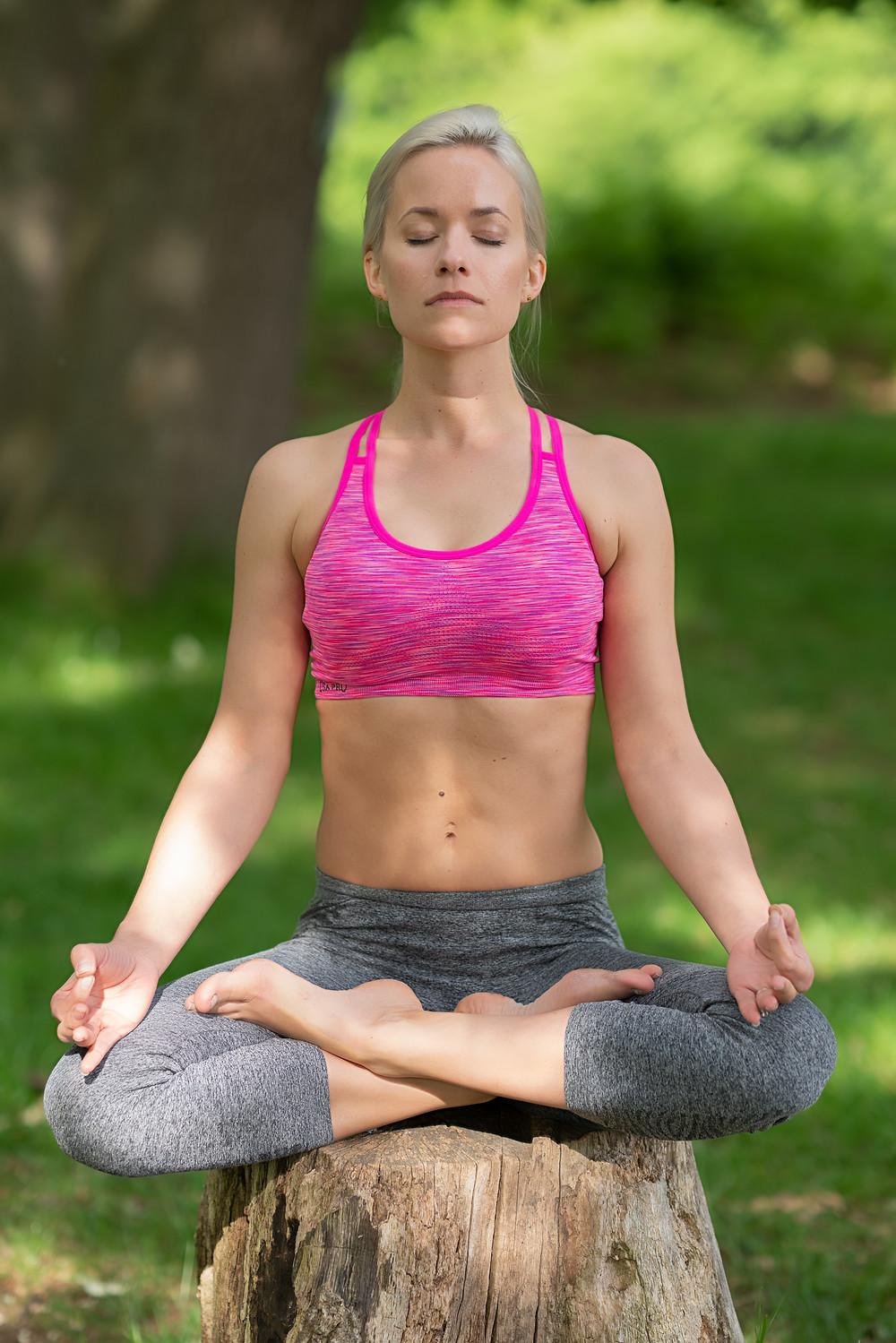 Cody Cataluffi meditating in Richmond Park