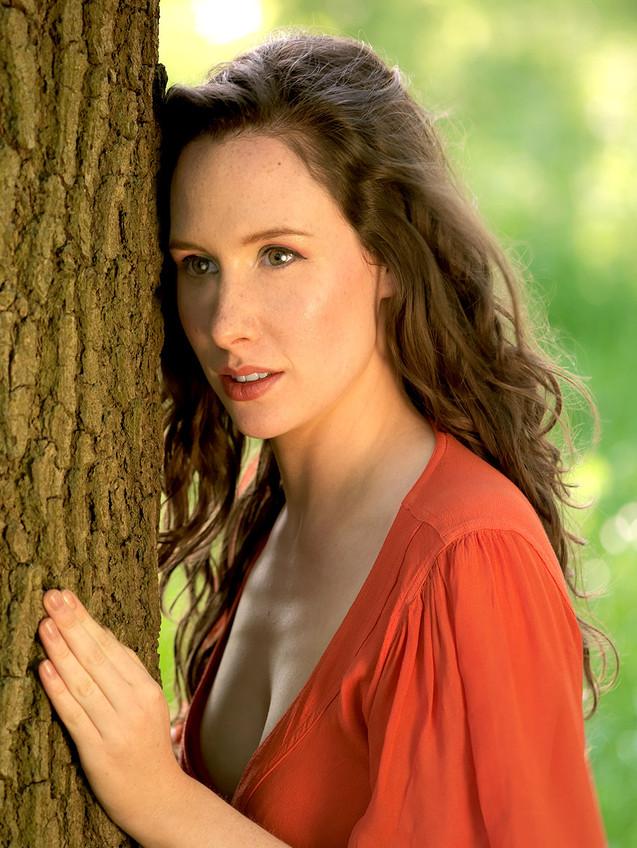 Eloise - Actress