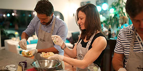 CookingClass_Couples_01b.jpg