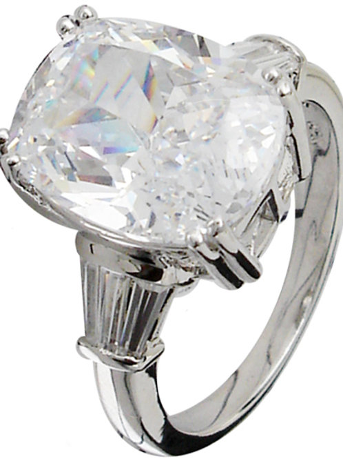 8ct CZ Ring with Baguettes
