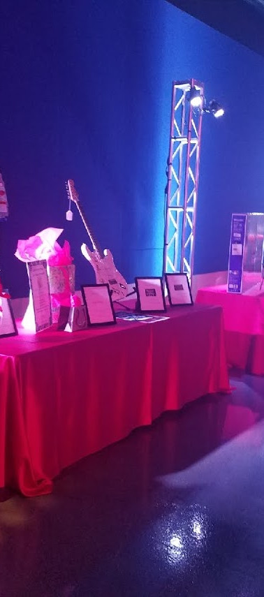 Hard Rock Auction