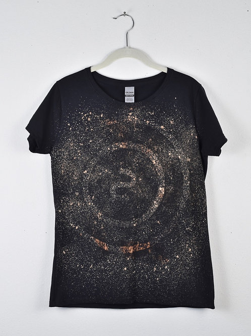 Circle 'S' t-shirt (size women's medium, fitted cut)