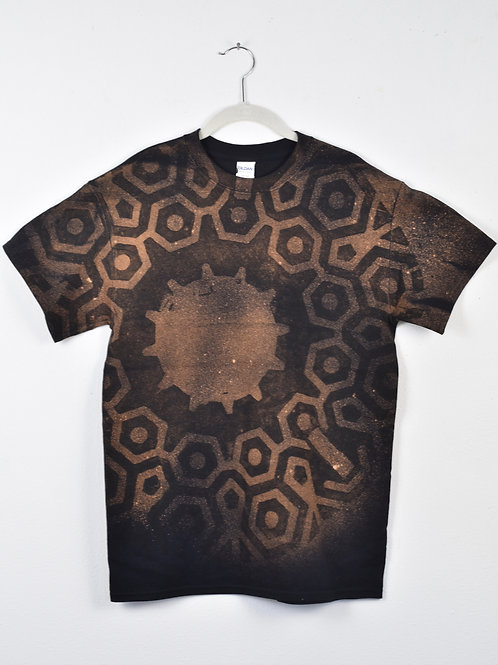 Geometric t-shirt (many sizes, mens, straight cut)