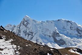 La Mariposa (5842 m)