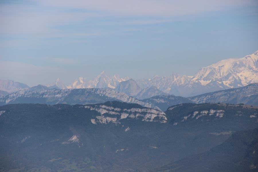 Charvin sur fond d'aig de Chamonix