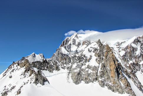 Le mont-Blanc et son satellite de Courmayeur