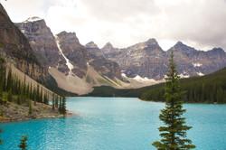 Moraine Lake (Alberta, Canada)