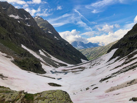 Le vallon d'Ambin sous les neiges tardives du printemps