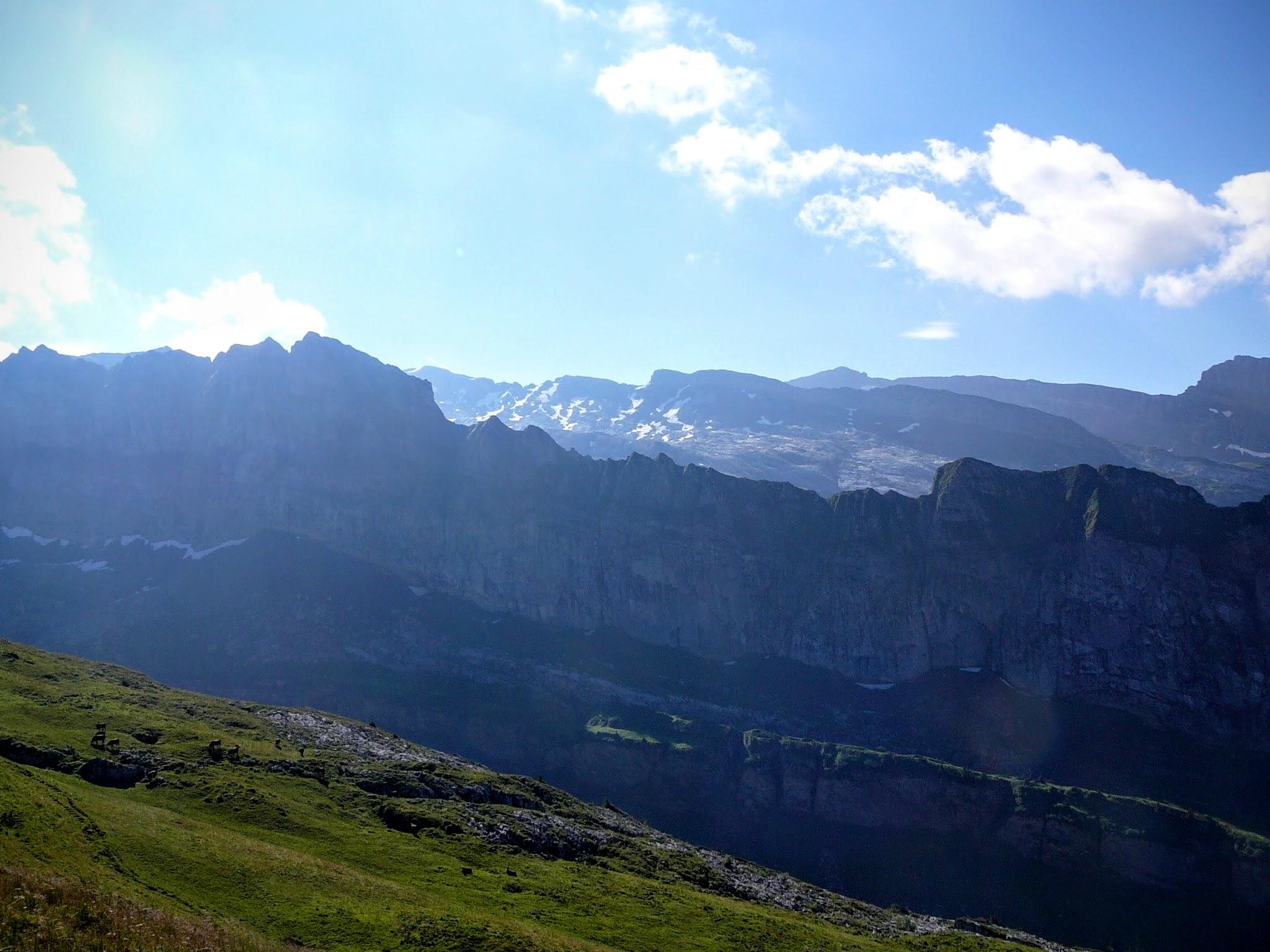 Les Avoudrues (2666 m)