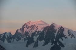 Le Mont-Blanc s'embrase
