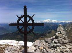 Croix sommitale et Mt Blanc
