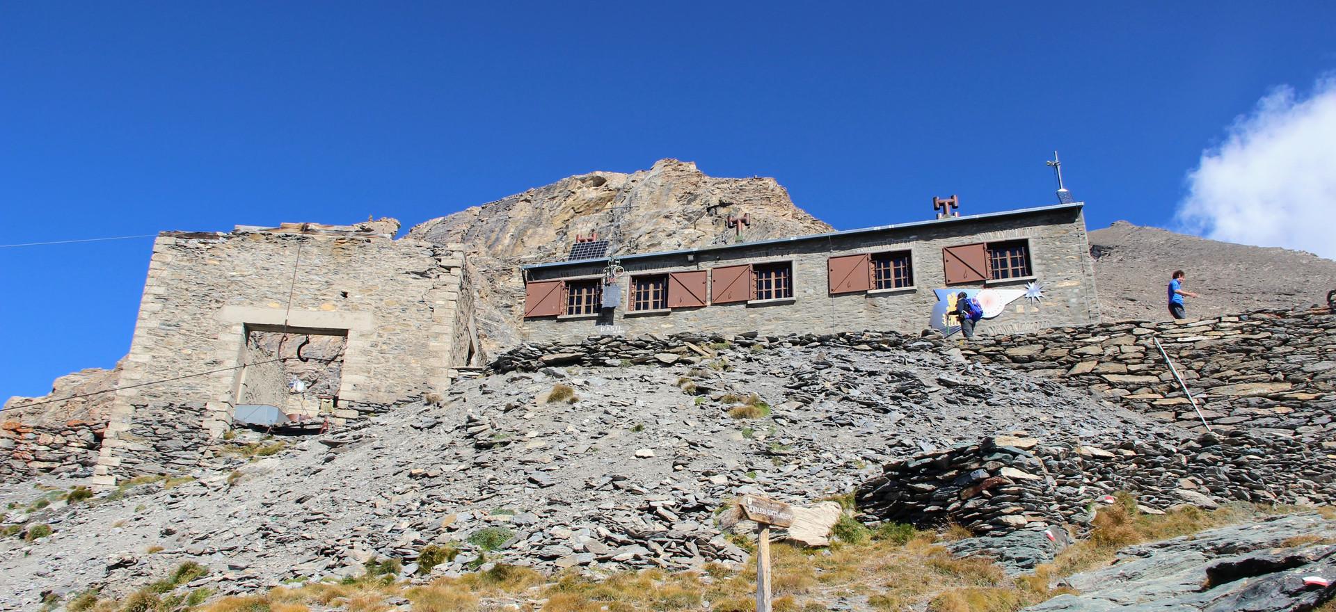 Le refuge de Ca' d'Asti (2854 m)