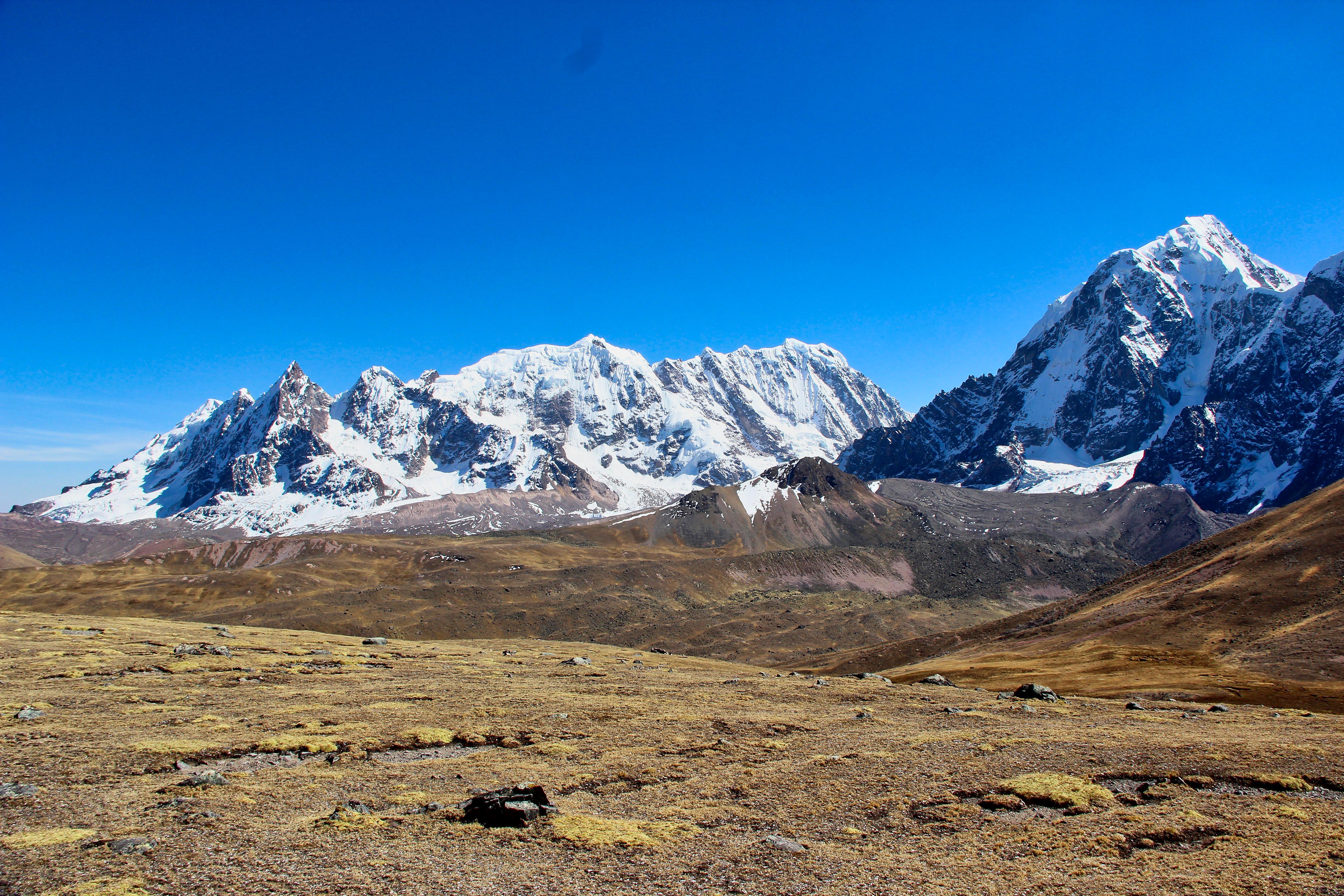 Le massif du Ccallangate (6110 m)