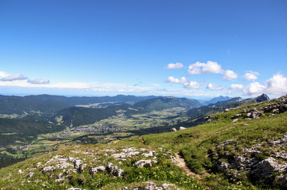 Villard-de-Lans et le plateau du Vercors.
