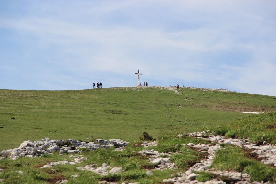 La croix sommitale