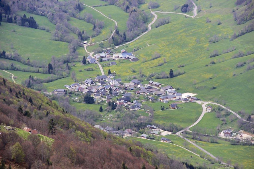 Le village d'Aiglon-le-Jeune