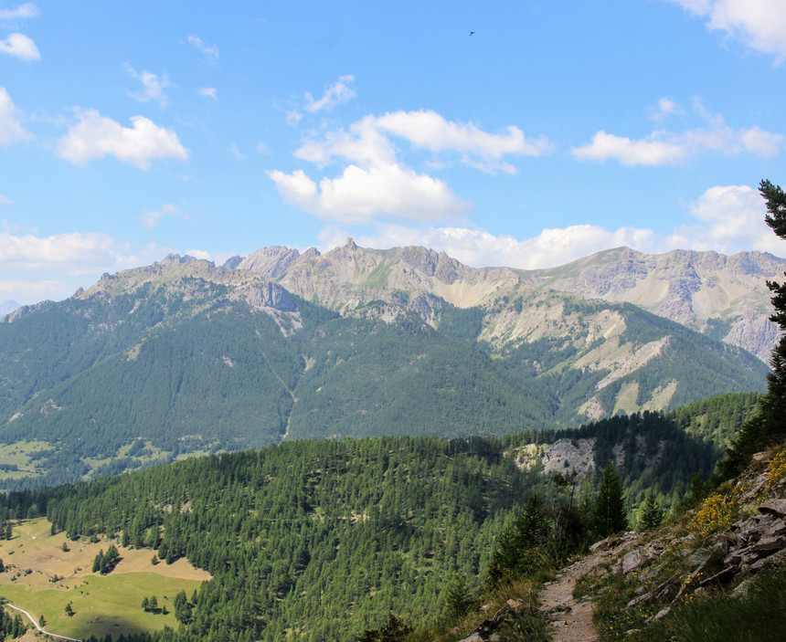 La dent de Ratier (2660 m) au pied de laquelle nous passerons demain