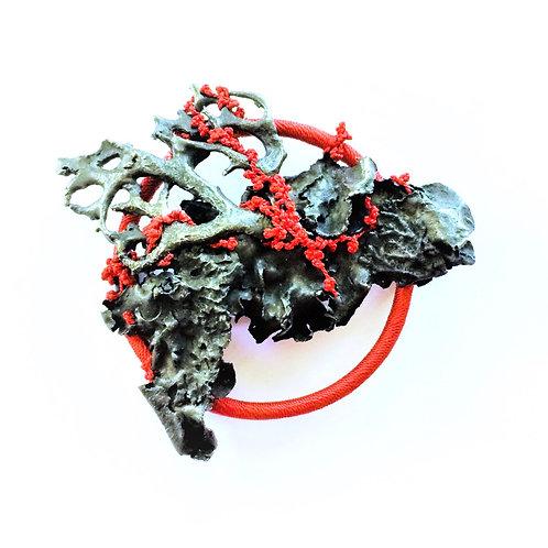MARI ISHIKAWA | Broche Rebirth-Red I