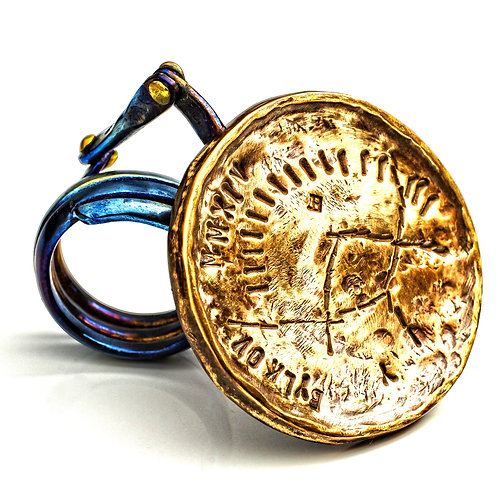 "YURA BYLKOV - Anel da Série ""Coins YB"""