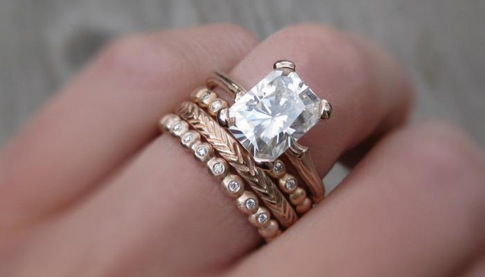 Hasil gambar untuk Membeli Berlian: Memilih Perusahaan Terbaik