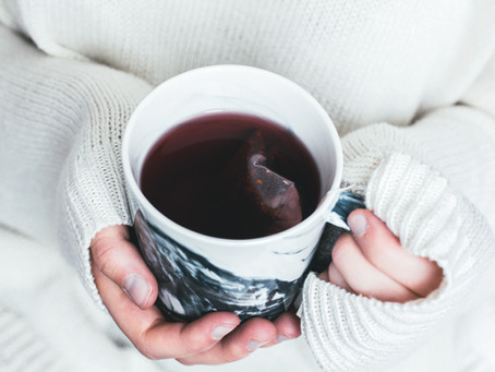 5 TIPS TO REDUCE TEA STAINING ON TEETH