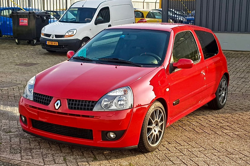 Renault Clio 2.0-16V RS Trophy | Nr. 13 of 50 | Recaro