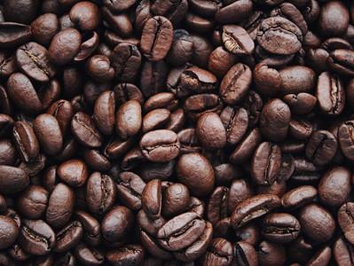 Préparer sa peau au bronzage, recette de gommage au Marc de café