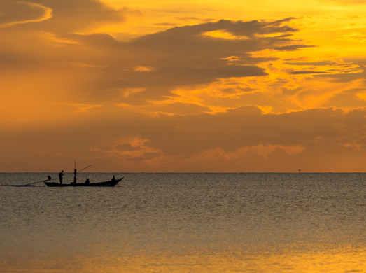 Pêcheur et coucher de soleil 1
