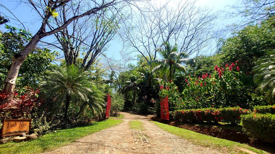 Bali Rica Entrance