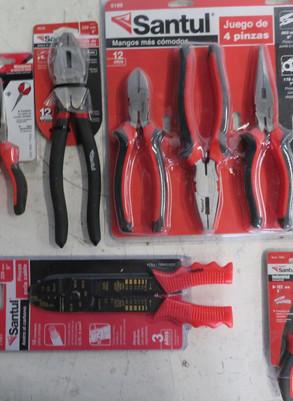 El sector de herramientas para trabajar con material eléctrico