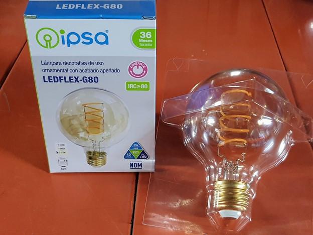 Lámpara decorativa ornamental con acabado aperlado IPSA