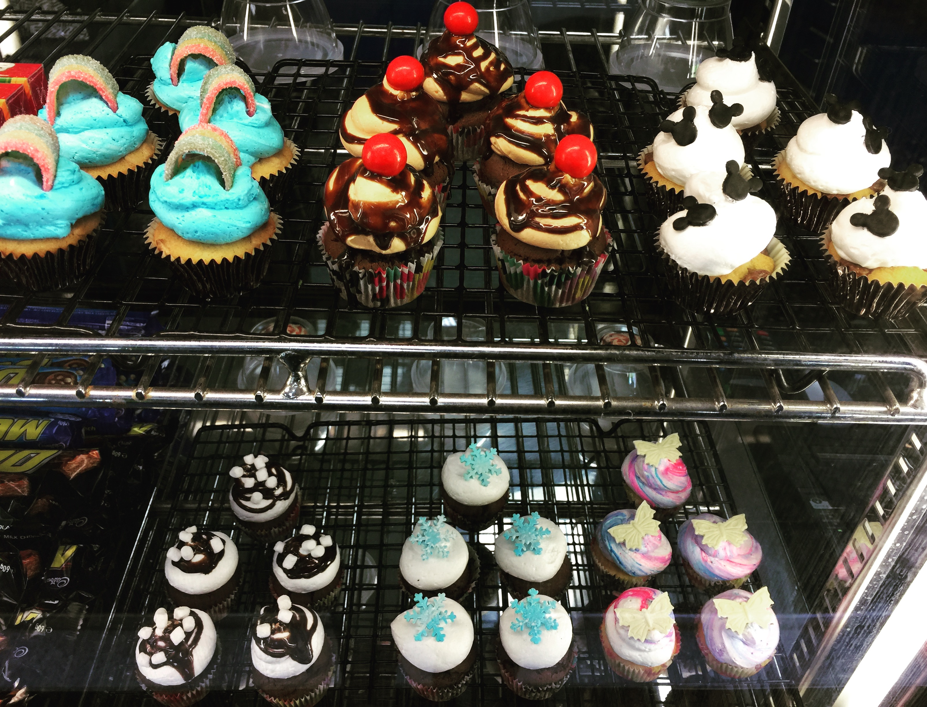 Mixed Flavours Mini Cupcakes