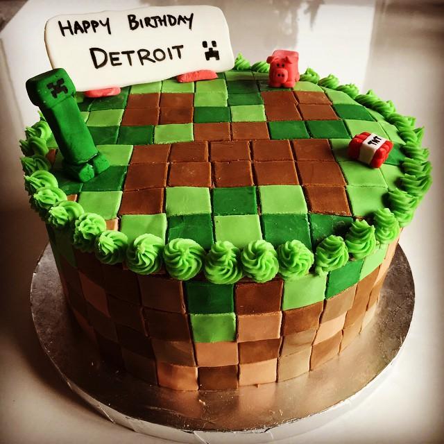 Detroits birthday cake