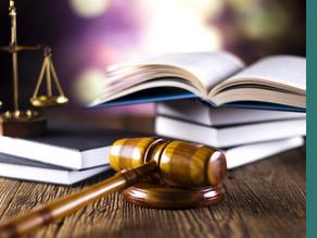 Les 8 textes juridiques français les plus improbables
